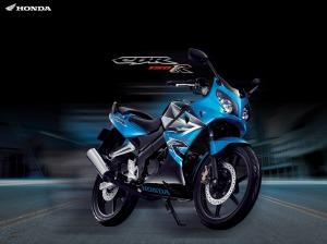 cbr-150r-blue